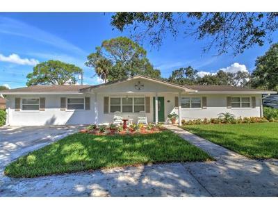 Okeechobee County Single Family Home For Sale: 801 SE 14th Ct