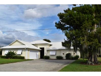 Okeechobee County Single Family Home For Sale: 2808 SE 27th Ave