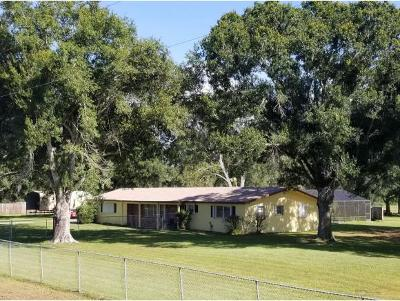 Okeechobee County Single Family Home For Sale: 645 NW 106th St.