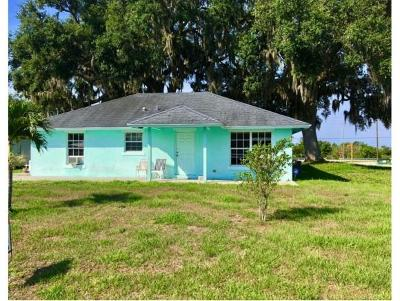 Okeechobee County Single Family Home For Sale: 8794 SE 68th Way