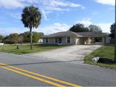 Okeechobee County Single Family Home For Sale: 7844 N.w. 84th Court