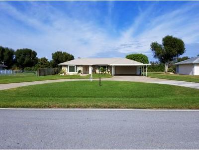 Okeechobee County Single Family Home For Sale: 1821 SE 24th Blvd.