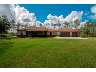 Okeechobee County Single Family Home For Sale: 32801 Hwy 441 N Lot 141