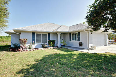 Summerfield Single Family Home For Sale: 1 SE Tomoka Place