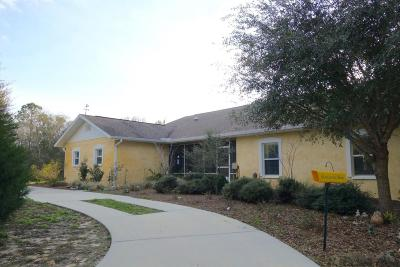 Cedar Key Single Family Home For Sale: 6890 SW 103rd Terrace