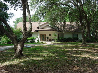 Levy County Single Family Home For Sale: 18930 SE 23rd Place