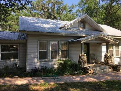 Single Family Home Pending: 369 NE 1 Street