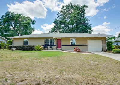 Belleview Single Family Home Pending-Continue to Show: 11848 SE 71st Avenue Road