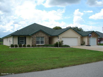 Ocala Single Family Home For Sale: 121 Hickory Loop