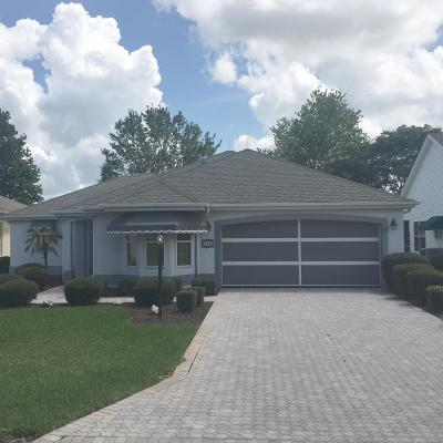 The Villages Single Family Home For Sale: 523 Carrera Drive