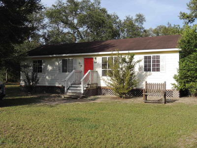 Single Family Home Pending-Continue to Show: 451 SE 142nd Avenue