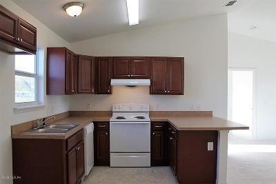 Ocala Single Family Home For Sale: 213 Oak Lane