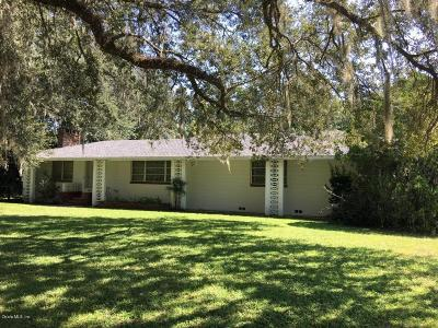 Levy County Single Family Home For Sale: 298 N Court Street
