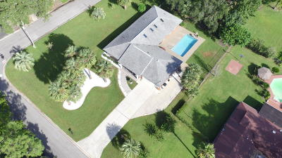 Marion County Single Family Home For Sale: 627 SE 17th Place