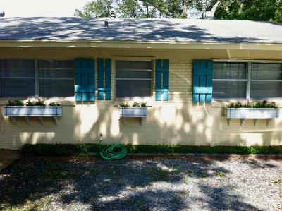 Marion County Single Family Home For Sale: 817 SE 34th Terrace