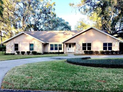 Ocala Single Family Home For Sale: 2263 SE Laurel Run Drive