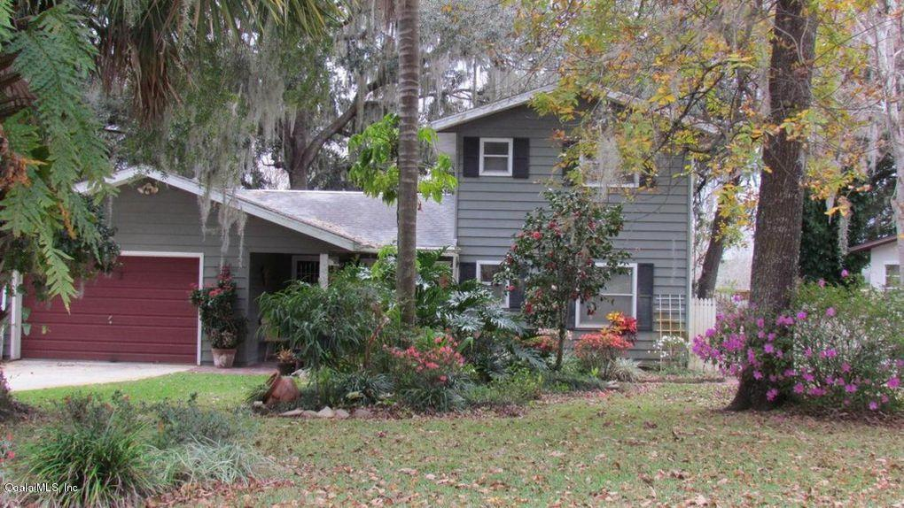 3 bed / 2 baths Home in Silver Springs for $249,900