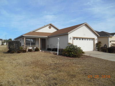 Summerfield FL Single Family Home For Sale: $159,000