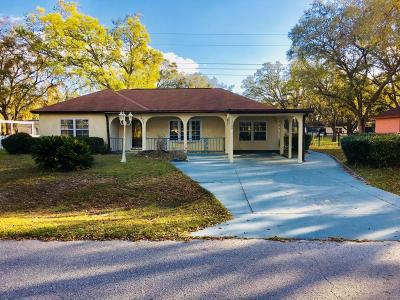 Ocala Single Family Home For Sale: 302 Oak Track Course