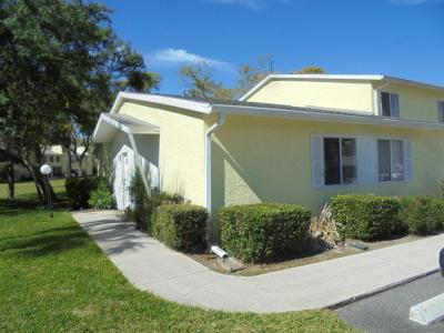 Ocala Condo/Townhouse For Sale: 595 Fairways Circle #A