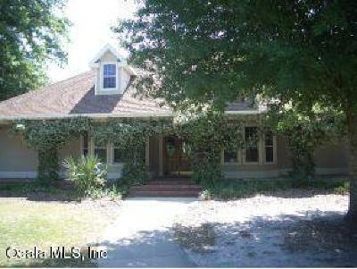 Ocala Single Family Home For Sale: 500 SE 69th Place