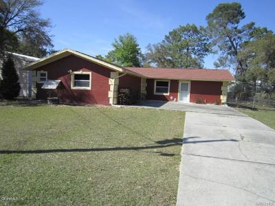Crystal River Single Family Home For Sale: 5561 W Alameda Lane