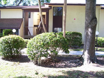 Ocala Condo/Townhouse For Sale: 761 Midway Drive #B