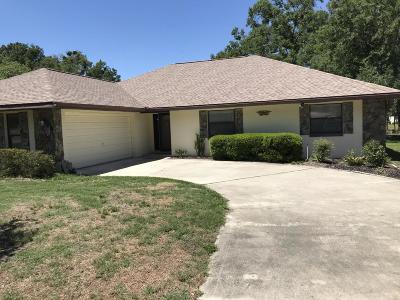 Rainbow Spgs Cc Single Family Home For Sale: 19725 SW 93rd Place