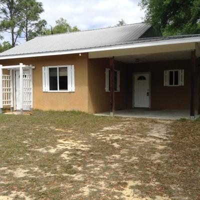 Levy County Single Family Home For Sale: 171 E Cason Boulevard