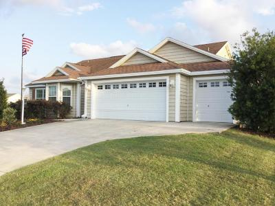 The Villages Single Family Home For Sale: 908 Castlehill Drive