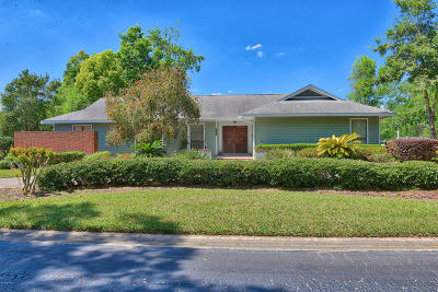 Ocala Single Family Home For Sale: 1986 Laurel Run Drive