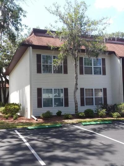Citrus County Condo/Townhouse For Sale: 2400 Forest Drive #233
