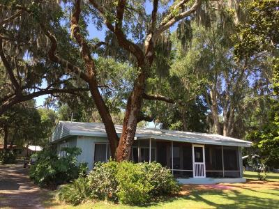 Summerfield Single Family Home For Sale: 10375 SE Sunset Harbor Rd Road