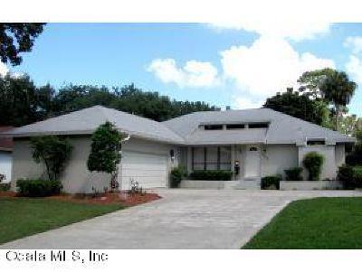 Single Family Home For Sale: 3335 SE 1st Terrace