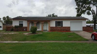 Single Family Home For Sale: 144 Marion Oaks Lane