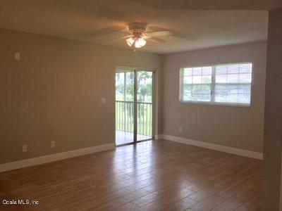 Ocala Condo/Townhouse For Sale: 462 Fairways Circle #D201