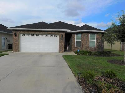 Single Family Home For Sale: 2207 NE 37th Court