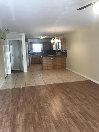Ocala Condo/Townhouse For Sale: 3630 NE 8th Place