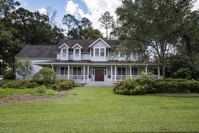 Ocala Single Family Home For Sale: 2297 SE Laurel Run Drive