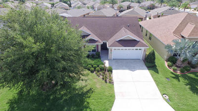 The Villages Single Family Home For Sale: 2613 Foxbridge Terrace