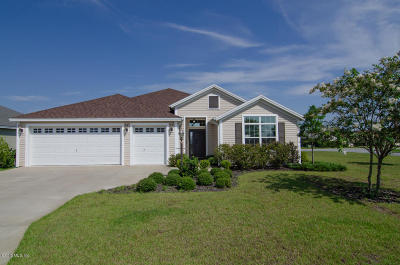 The Villages Single Family Home For Sale: 3506 Cluster Court