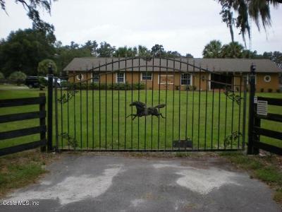 Summerfield Farm For Sale: 800 SE Hwy 42