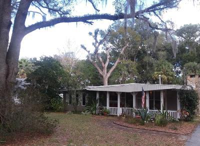 Ocala Single Family Home For Sale: 823 NE 39 Court