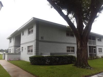 Ocala Condo/Townhouse For Sale: 462 Fairways Circle #D104