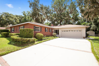 Ocala Single Family Home For Sale: 2216 NE 6th Place