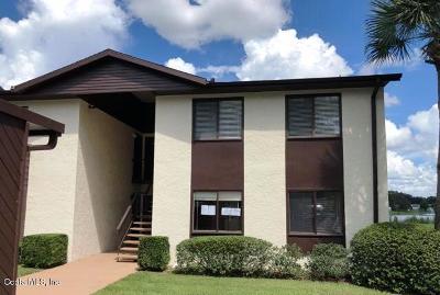 Ocala Condo/Townhouse For Sale: 526 Fairways Circle