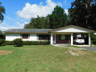 Belleview FL Single Family Home For Sale: $105,000