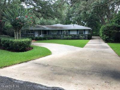 Ocala Single Family Home For Sale: 2025 SE 11th. Street