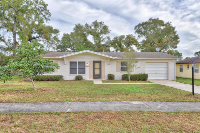 Marion Oaks North, Marion Oaks South, Marion Oaks Rnc Single Family Home For Sale: 14807 SW 43 Terrace Road