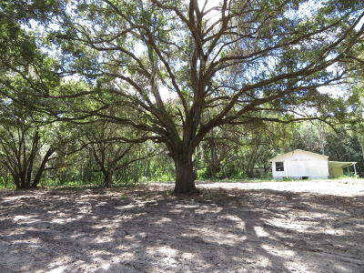 Marion County Farm For Sale: 15223 E Hwy 25